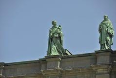 Statuy na Maryjnej królowej Światowa katedra zdjęcia royalty free