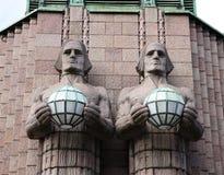 Statuy przy stacją kolejową w Helsinki. Fotografia Royalty Free