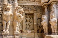 Statuy w starej Hinduskiej świątyni Obraz Royalty Free