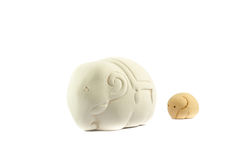 Statuy zabawka matki i dziecka słoń obrazy stock