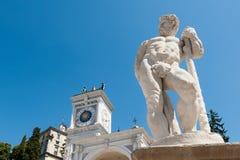 Staty av århundradet 16 hercules staty Royaltyfria Bilder