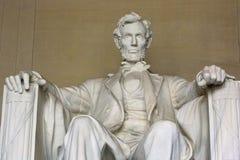Staty av Abraham Lincoln i Washington Arkivbilder