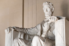 Staty av Abraham Lincoln på Lincoln Memorial i Washington Royaltyfri Foto