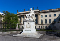 Staty av Alexander von Humboldt Arkivbild
