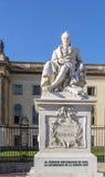 Staty av Alexander von Humboldt, Berlin Arkivfoto