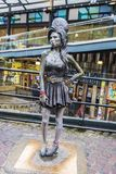 Staty av Amy Winehouse i London, England, Förenade kungariket Arkivbild