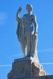 Staty av Bachus på det guld- berget i Peterhof, St Petersburg, Ryssland Royaltyfri Bild
