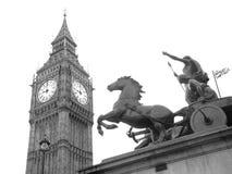 Staty av Boudicca nära den Westminster bron, London, UK Royaltyfria Bilder