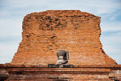 Staty av buddha Royaltyfri Foto