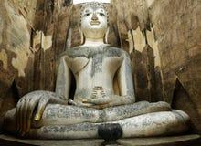 Staty av buddha Royaltyfria Bilder