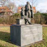 Staty av Constantijn och Christiaan Huygens Royaltyfri Fotografi