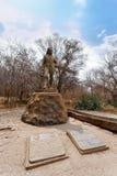 Staty av David Livingstone i Victoriaet Falls fotografering för bildbyråer
