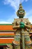 Staty av demonen i den storslagna slotten, Bangkok Royaltyfri Fotografi
