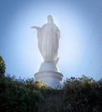 Staty av den jungfruliga Maryen på överkanten av Cerro San Cristobal, San Arkivfoton