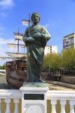 Staty av den kristna biskopen Budius för 4th århundrade i Skopje, Mac Royaltyfri Fotografi