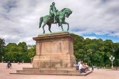 Staty av den norska konungen Karl Johan XIV i Oslo, Norge Royaltyfria Foton