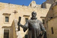 Staty av den storslagna förlagen Jean de Vallette, Valletta, Malta Arkivfoton