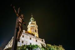 Staty av det kristna korset med Jesus i Cesky Fotografering för Bildbyråer