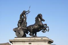 Staty av drottningen Boudica, Westminster bro i London, England, Europa Royaltyfri Foto