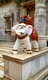 Staty av elefanten Royaltyfria Bilder