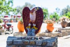Staty av en örn Royaltyfri Fotografi