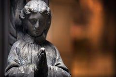 Staty av en kyrklig ängel Arkivfoto