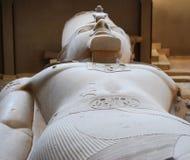 Staty av en Pharaoh arkivbild