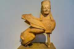 Staty av en sfinx från Spata av Grekland Arkivbild