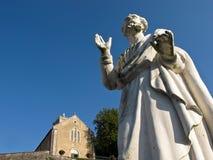 Staty av ett katolskt helgon Arkivfoton