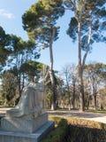Staty av författaren Benito Perez Galdos 1843-1920 Retiroen Arkivbild