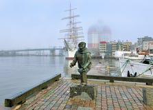 Staty av författaren, kompositören och sångaren Evert Taube i Göteborg Royaltyfri Fotografi