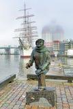 Staty av författaren, kompositören och sångaren Evert Taube i Göteborg Arkivfoton