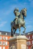 Staty av Felipe III på borgmästaren Place i Madrid Arkivbilder