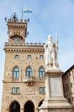Staty av frihet vid Galletti på Liberty Square, San Marino, Ita Royaltyfri Bild