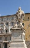 Staty av Guiseppe Garibaldi av Urbano Lucchesi på Piazza del Gi Royaltyfria Bilder