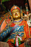 Staty av Guru Padmasambhava, Ladakh, Indien royaltyfria bilder