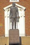 Staty av Harry S Truman framme av Jackson County Courthouse, självständighet, MO arkivbilder