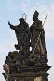 Staty av helgon Vincent av Ferrara och Procopius Royaltyfri Bild