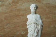 Staty av Hippocrates, gammalgrekiskaläkare Arkivbilder
