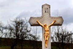 Staty av Jesus Christ Jesus på kors Symbol av tro, hopp och förälskelse Beröm av påskferier Arkivbilder