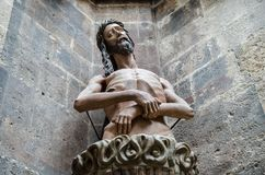 Staty av Jesus på Sts Stephen domkyrka Stephansdom vienna arkivbild