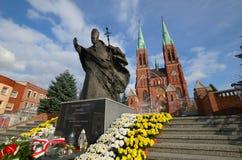 Staty av John Paul II Rybnik, Polen royaltyfria bilder