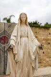Staty av jungfruliga Mary, kyrka av förklaringen i Nazareth Arkivbilder