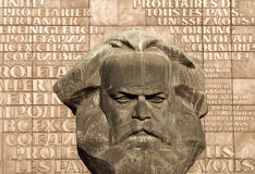 Staty av kommunistiskt/socialisten Karl Marx i Chemnitz royaltyfri fotografi