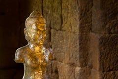Staty av konst för gudBodhisattvaen khmer på den forntida thai slotten eller Pr Arkivbild