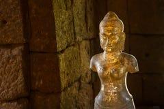 Staty av konst för gudBodhisattvaen khmer på den forntida thai slotten eller Pr Royaltyfria Bilder