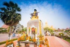 Staty av konungen Chao Anouvong, den sista monarken av det laotiska Ket Arkivbild