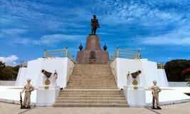 Staty av konungrama V Fotografering för Bildbyråer