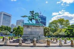 Staty av Kusunoki Masashige At Tokyo Japan royaltyfria bilder