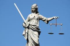 Staty av Lady Rättvisa royaltyfria foton